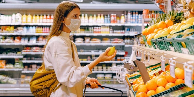 ΙΕΛΚΑ: Οι καταναλωτές διατηρούν συνήθειες της... πανδημίας