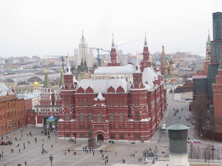 Ρωσία: Η Πολωνία καταστρέφει τις σχέσεις μας