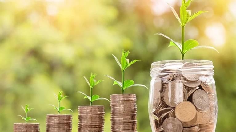 ΕΛΣΤΑΤ: Περισσότερο διαθέσιμο εισόδημα το δ' τρίμηνο 2020