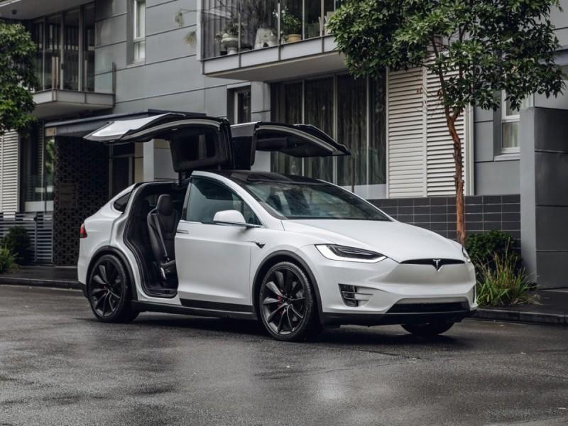 Tesla: Νέο ρεκόρ πωλήσεων για το τρίμηνο Ιανουαρίου - Μαρτίου