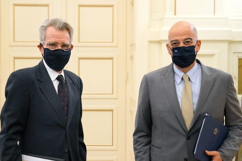 Πάιατ: Υποστηρίζουμε τον σταθεροποιητικό ρόλο της Ελλάδας