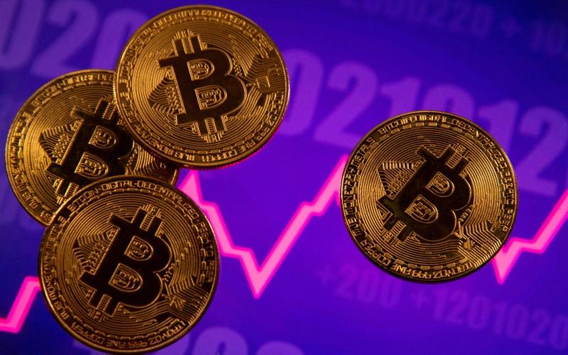 Bitcoin: Αλμα σήμερα μετά τη βουτιά της Κυριακής