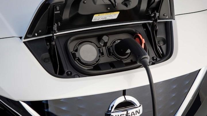 Οι οδηγοί ηλεκτρικών οχημάτων συνήθως οδηγούν σιγά