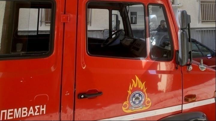 Πυρκαγιά σε κτίριο στο Αλσος Καισαριανής