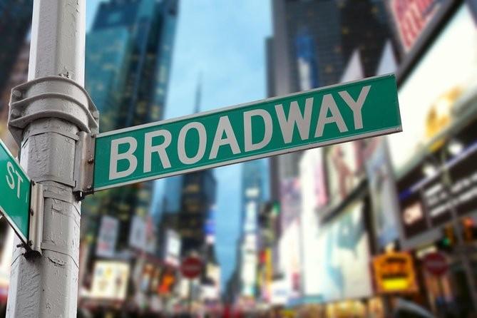 Ανοίγει ξανά η αυλαία στο Broadway τον Σεπτέμβριο