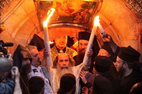 Στην Ιερουσαλήμ ο Κ. Βλάσης για την τελετή αφής και παραλαβής του Αγίου Φωτός