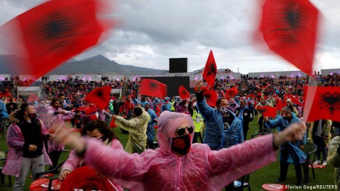 Αλβανία: Καθαίρεση του προέδρου Μέτα ξεκίνησε ο Ράμα
