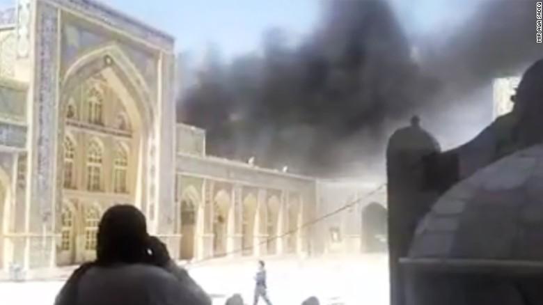 Αφγανιστάν: Πολύνεκρη έκρηξη σε τζαμί μόλις αποχώρησαν οι Αμερικανοί