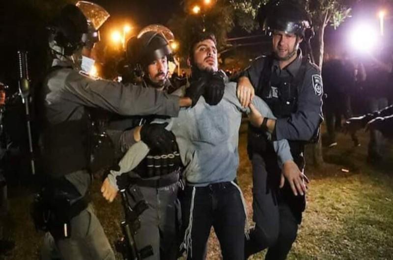 Ισραήλ: Συγκρούσεις μεταξύ Παλαιστίνιων πιστών και Ισραηλινών αστυνομικών