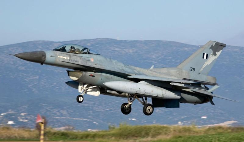 Επιχειρησιακή συνεκπαίδευση μεταξύ των ελληνικών ΕΔ και μαχητικών αεροσκαφών των ΗΠΑ