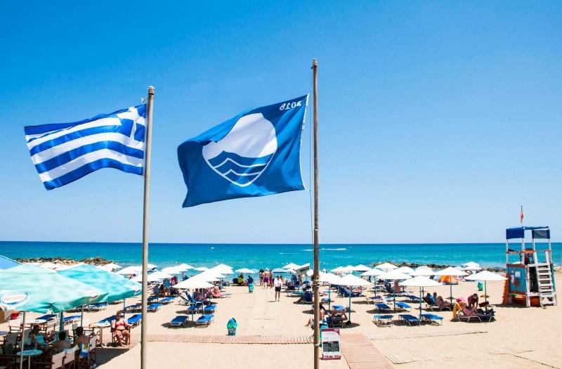 Γαλάζιες σημαίες: Δεύτερη η Ελλάδα στην παγκόσμια κατάταξη