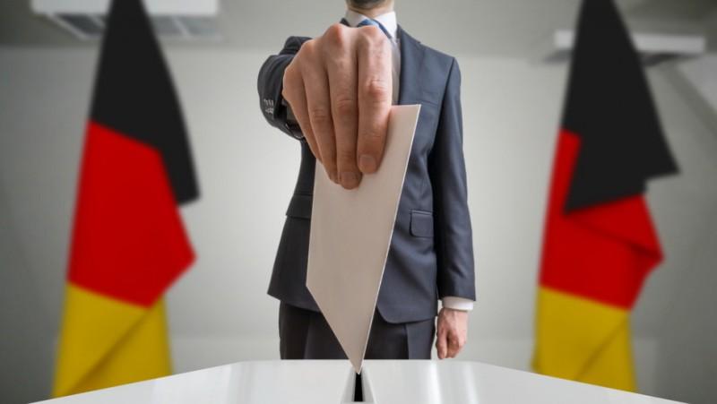 Γερμανία: Τρικομματική κυβέρνηση δείχνει νέα δημοσκόπηση