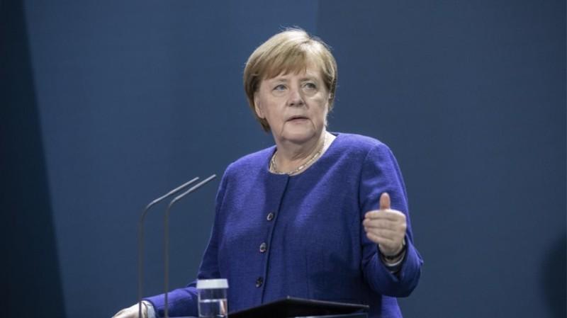 Α. Μέρκελ: Το Ισραήλ έχει δικαίωμα στην αυτοάμυνα