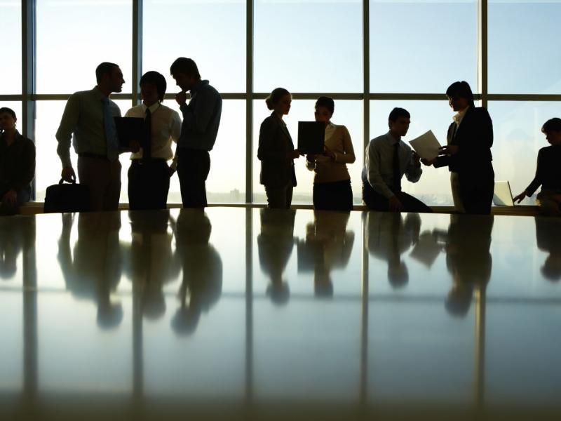 Δυνατότητα αναστολής συμβάσεων σε πληττόμενες επιχειρήσεις που επαναλειτουργούν από 14 Μαϊου