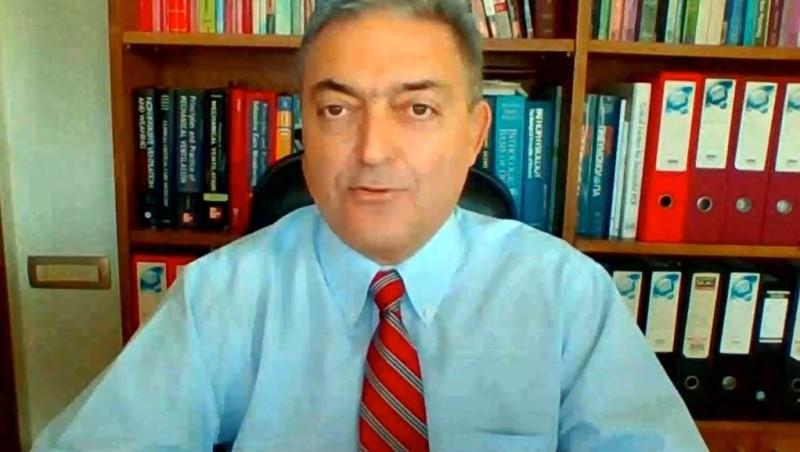 Βασιλακόπουλος: Απολύτως ασφαλή τα εμβόλια για τις εγκύους