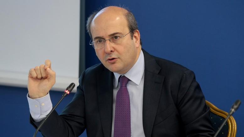 Κ. Χατζηδάκης: Με τον νόμο για την προστασία της εργασίας οι εργαζόμενοι αποκτούν νέες δυνατότητες, ευκαιρίες και δικαιώματα