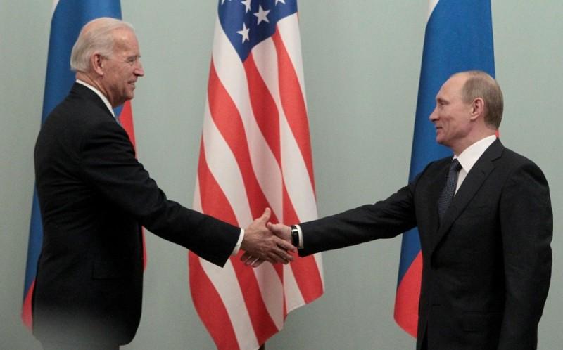 Μαραθώνια συνάντηση Μπάιντεν - Πούτιν με θέματα εφ'όλης της ύλης
