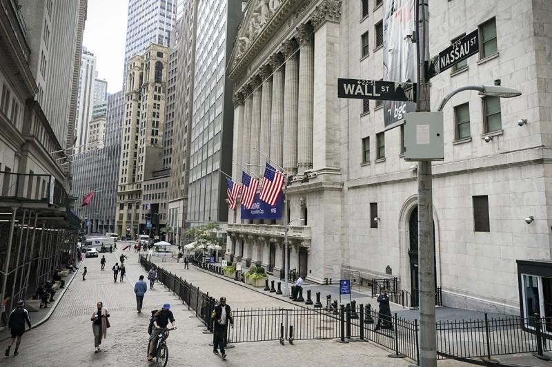 Νέα Υόρκη: Οριακή άνοδος και νευρικότητα λόγω πληθωρισμού