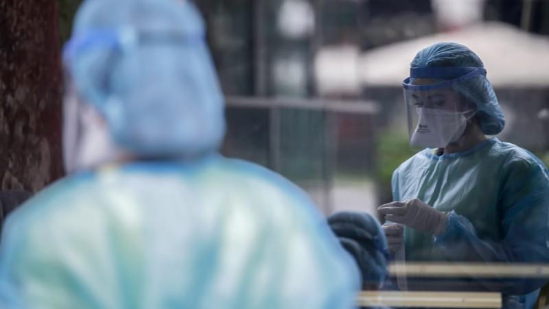 ΕΟΔΥ: 394 νέα κρούσματα, 20 θάνατοι, 301 διασωληνωμένοι