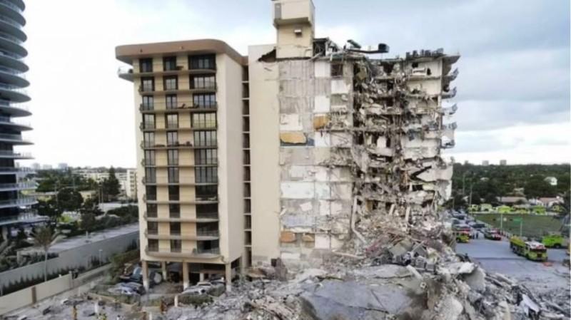 ΗΠΑ: Σβήνουν οι ελπίδες για τον εντοπισμό επιζώντων στο κτίριο που κατέρρευσε