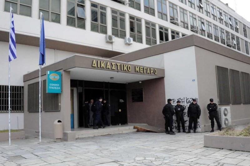 Ισόβια συν 26 χρόνια στον 46χρονο με το τσεκούρι στην ΔΟΥ Κοζάνης