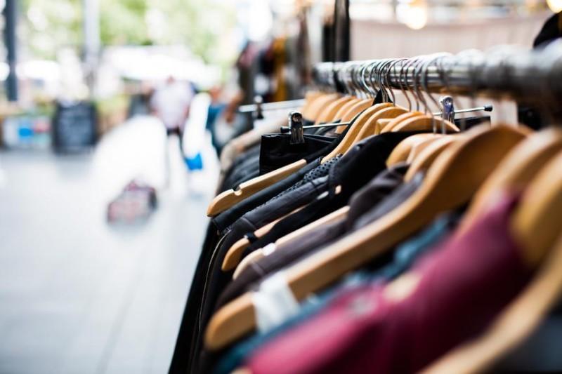 ΕΛΣΤΑΤ: Αύξηση 52% στο τζίρο λιανικού εμπορίου τον Απρίλιο 2021
