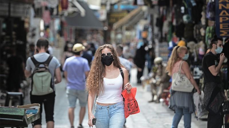 Ν.Χαρδαλιάς: Καταργείται από αύριο η χρήση μάσκας σε εξωτερικούς χώρους
