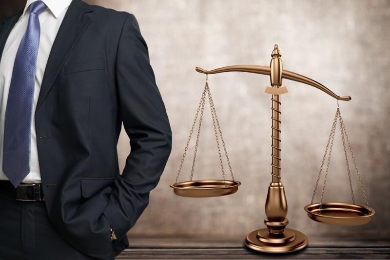 Προς αποχή οι δικηγόροι από πλειστηριασμούς α' κατοικίας των ευάλωτων νοικοκυριών