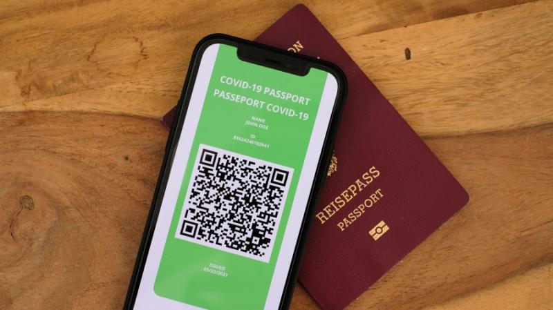 Ευρωκοινοβούλιο: «Πανηγυρική» έγκριση του ψηφιακού πιστοποιητικού Covid