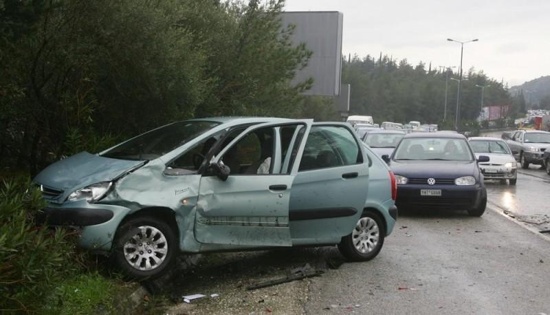 Μείωση 54% των τροχαίων ατυχημάτων στην Ελλάδα την τελευταία δεκαετία