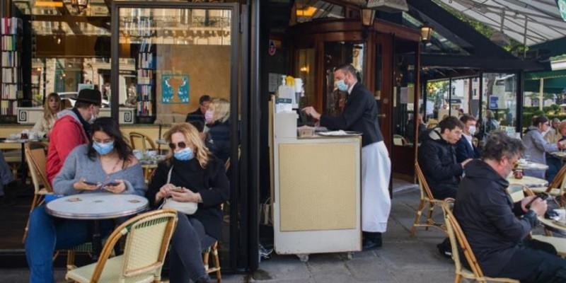 Γαλλία: Μόνο με υγειονομικό διαβατήριο η είσοδος σε πολιτιστικούς χώρους