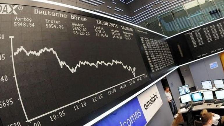 Μικρή πτώση καταγράφουν οι δείκτες στην Ευρώπη