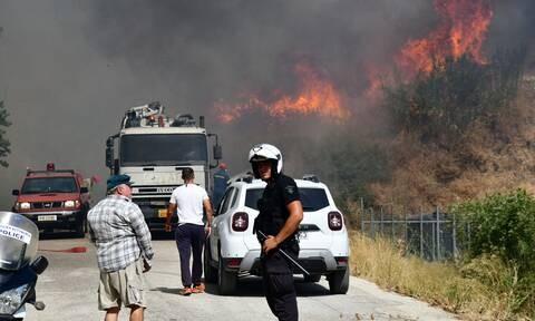 Φωτιά στην Αχαϊα: Εκκενώνονται πάνω από 10 χωριά