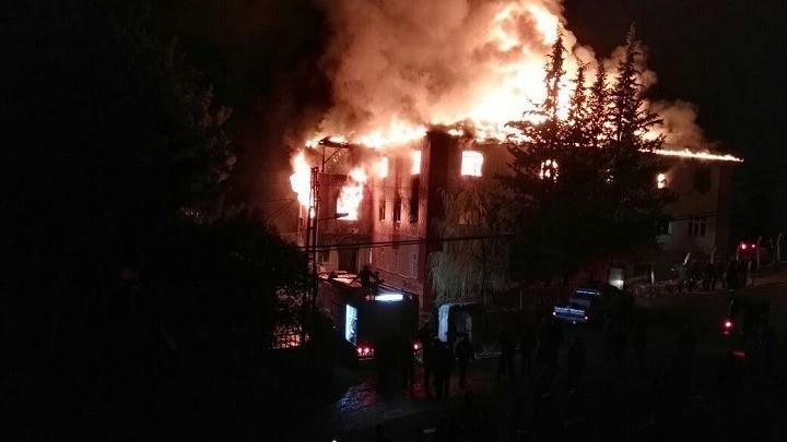 Τουρκία-πυρκαγιά: Τρεις οι νεκροί, συνεχίζονται οι προσπάθειες κατάσβεσης