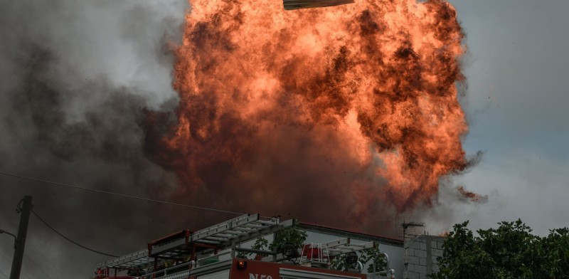 Κόλαση στη Β. Αττική: Εκκενώνονται Πολυδένδρι, Καπανδρίτι, Μαλακάσα