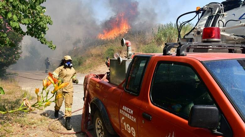 Η Αχαία στο έλεος της φωτιάς-Ευτυχώς χωρίς θύματα