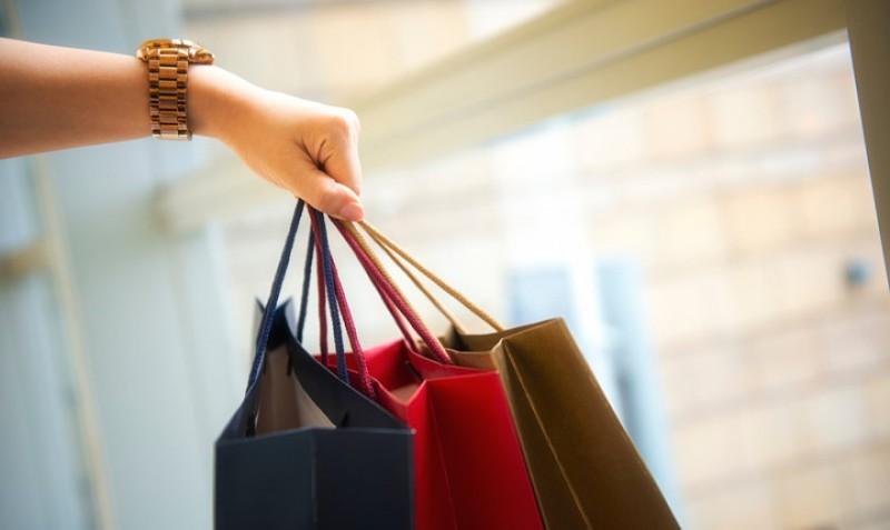 ΕΛΣΤΑΤ: Κατά 2,5 δισ. αυξήθηκε ο τζίρος του λιανικού εμπορίου στο β' τρίμηνο