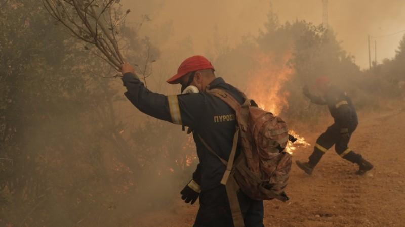 Εκκενώνονται οικισμοί σε Γορτυνία και Τρίπολη λόγω αναζωπύρωσης