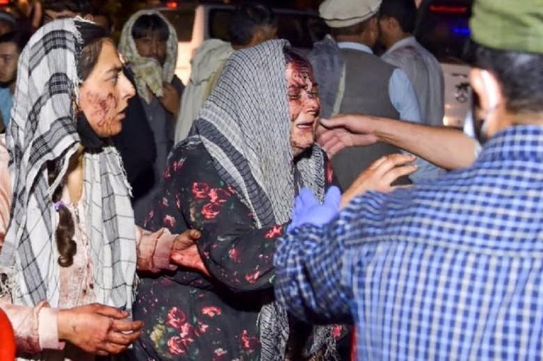 Πανικός στο αεροδρόμιο της Καμπούλ - Δεκάδες νεκροί - Παγκόσμια κατακραυγή