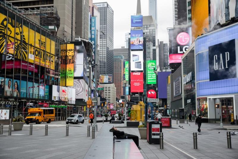 Η Ν. Υόρκη προτρέπει τις επιχειρήσεις να πιέσουν για τους εμβολιασμούς