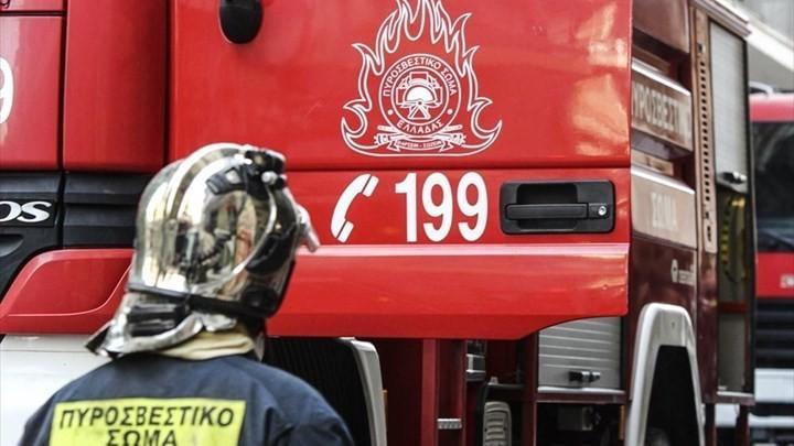 Ένωση Ασφαλιστικών Εταιριών Ελλάδος: Δωρεά οχημάτων  στην Πυροσβεστική