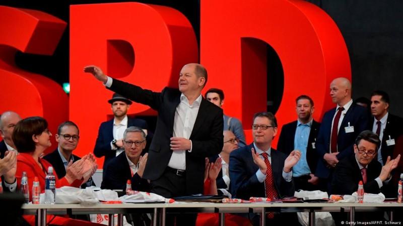 Γερμανία: Σταθερή άνοδος για τους Σοσιαλδημοκράτες