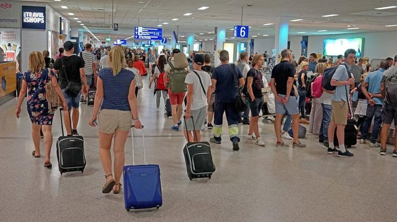 Τουρισμός: Αυξήθηκε η αεροπορική κίνηση