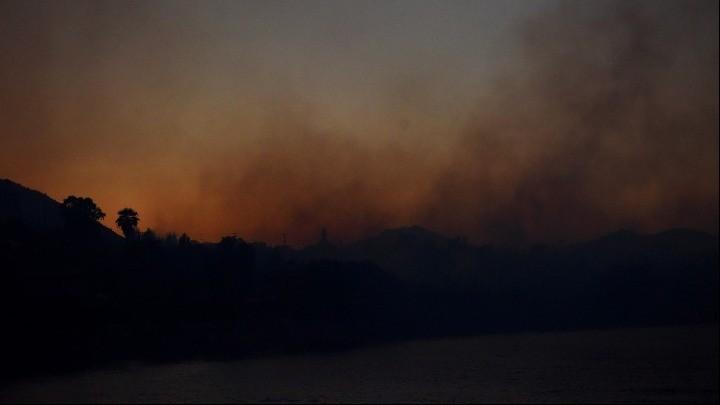 Προσπάθειες να κρατηθεί η φωτιά μακριά από την Αρχαία Ολυμπία