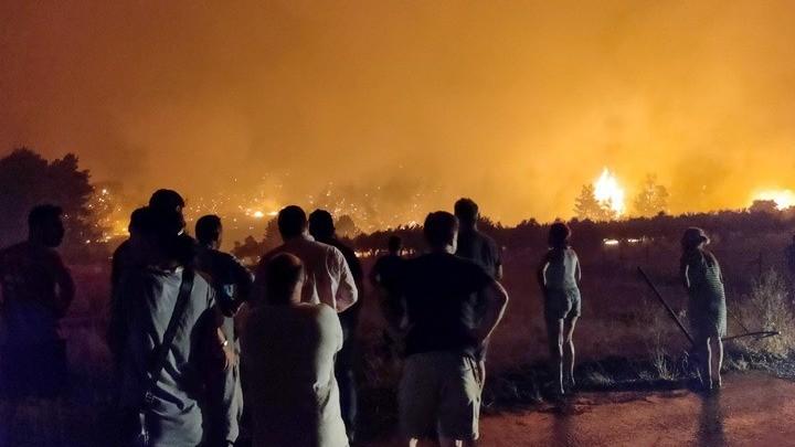 Πυρκαγιά στη βόρεια Εύβοια