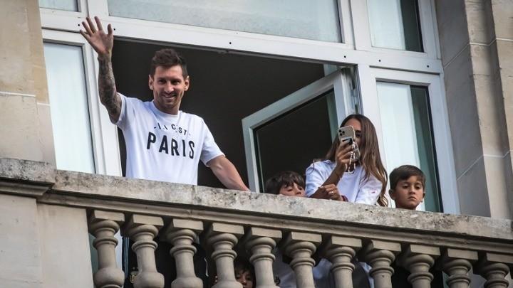 Η νέα πολυτελής ζωή του Μέσι στο Παρίσι