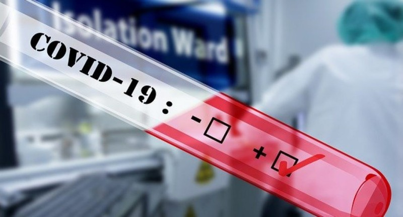 ΕΟΔΥ: Σε 2.422 ανέρχονται τα νέα κρούσματα COVID 19