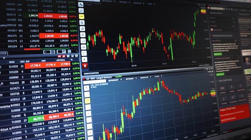 Ευρωπαϊκά Χρηματιστήρια: Κλείσιμο με απώλειες ενόψει της ΕΚΤ