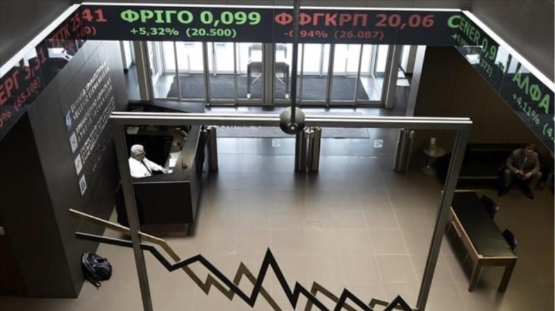 Χ.Α.: Διευρύνονται οι απώλειες, σημαντική υποχώρηση των τραπεζών
