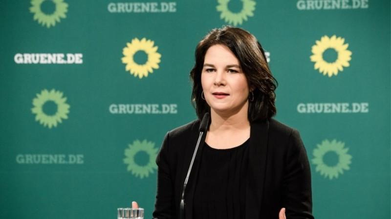 Γερμανία: Κύριος στόχος fake news από μμε  η υποψήφια καγκελάριος Αναλένα Μπέρμποκ